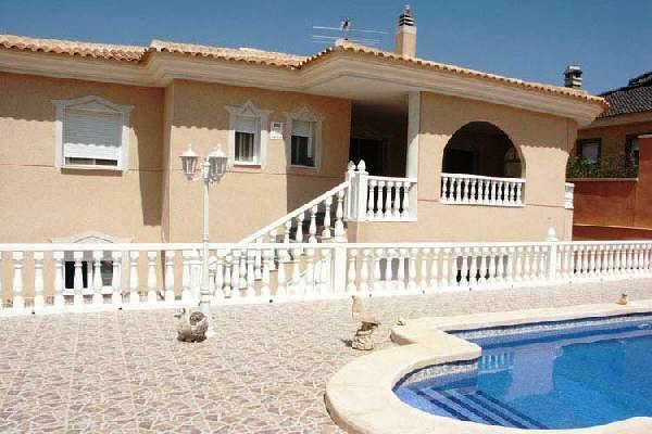 Villa en Benijófar