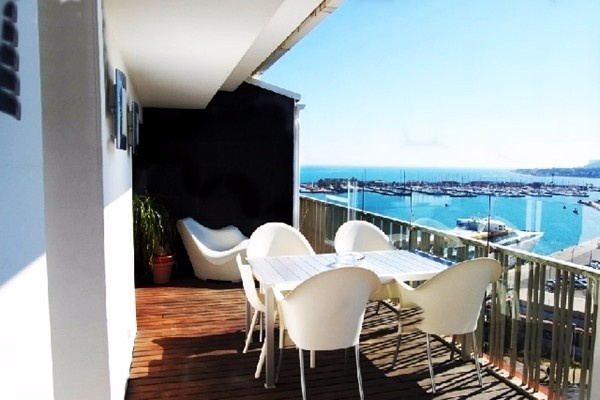 Heavenly penthouse in Denia with breathtaking views to the port