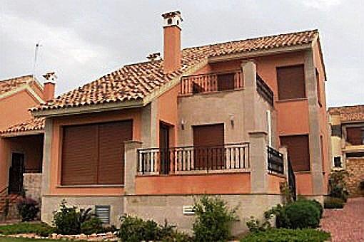 Villa en Algorfa